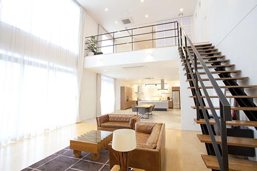 天井が高い家、エアコンが効きにくいデザインの家